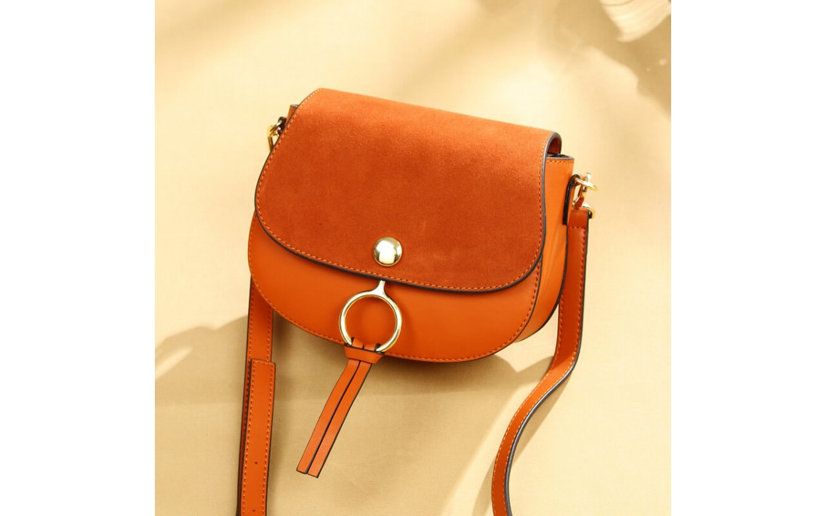 How to order customize leather handbag?